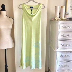 NWT Tori Richards 100% Silk Long Dress. Size 8